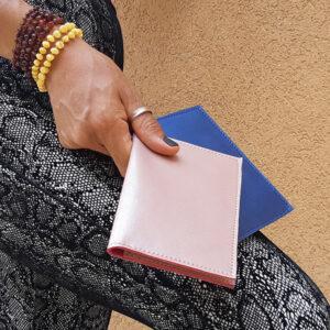 כיסוי לדרכון מעור מעוצב במבחר צבעים