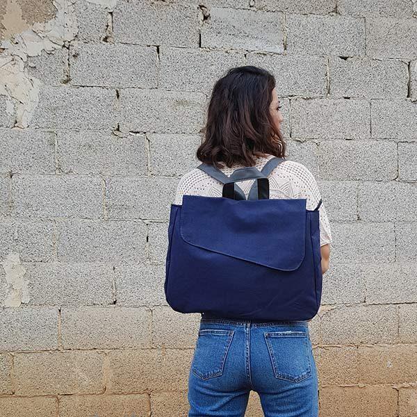 תיק כחול קנבס גב לנשים