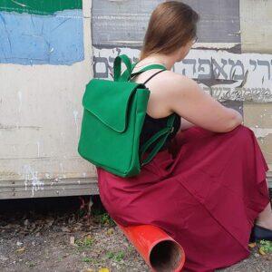 תיק גב בצבע ירוק בד קנבס