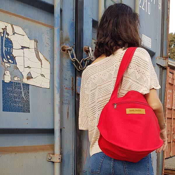 תיק נשים מבד קנבס צבע אדום לכתף או גב