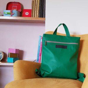תיק גב ירוק דמוי עור טבעוני לנשים