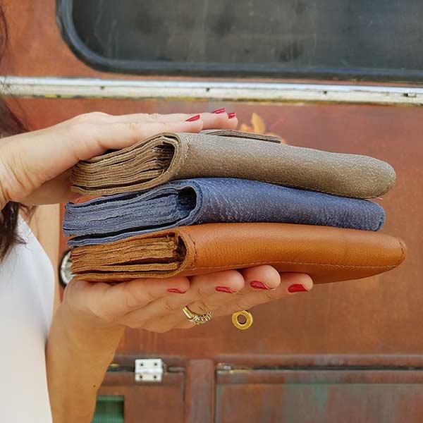 ארנק מרובע קלאסי עשוי עור לנשים