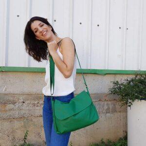 תיק צד מסנגר ירוק דמוי עור